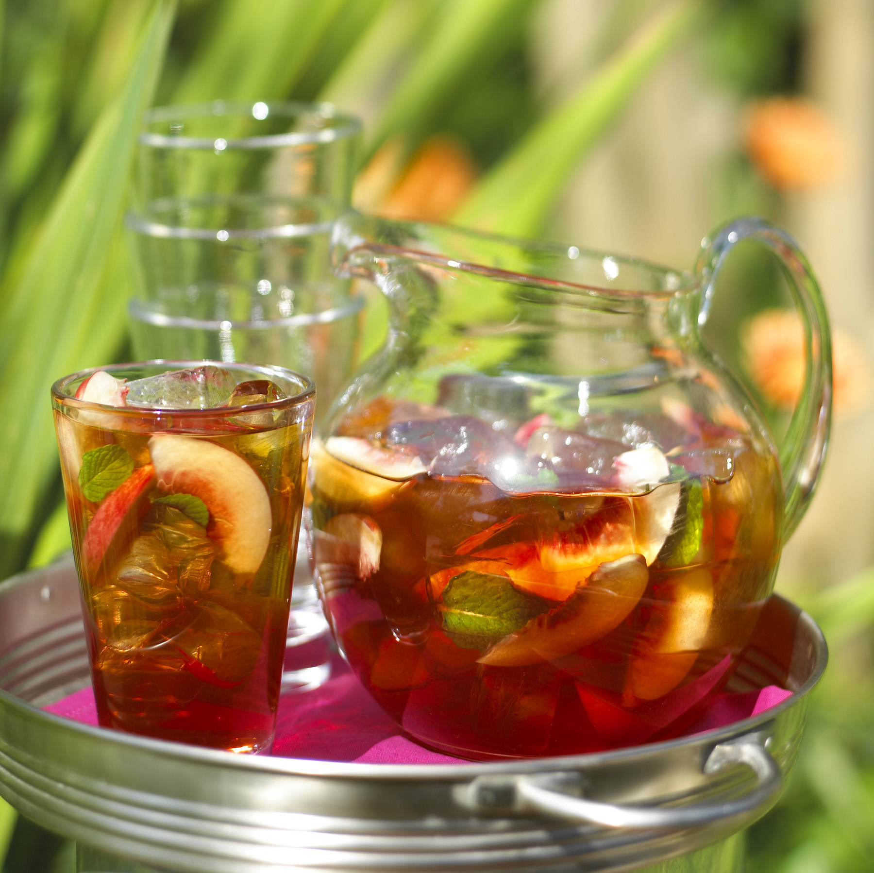Freshly Brewed Ice Tea With Fresh Mint Recipe — Dishmaps