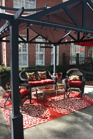 Backyard-Sitting-Area
