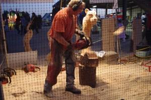 3.-chainsaw-artist