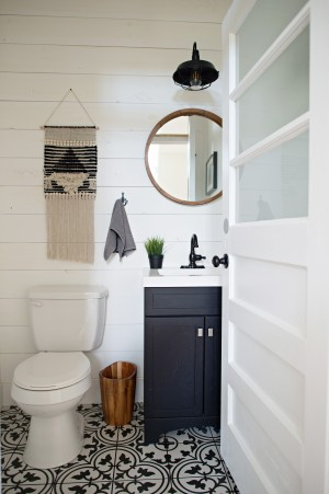 7. Guest Bathroom