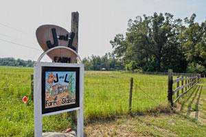 Sign-Farm-name